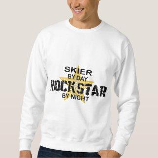 Estrella del rock del esquiador por noche pulovers sudaderas