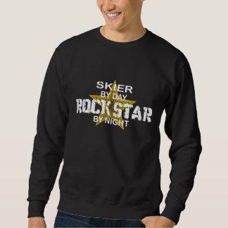 Estrella del rock del esquiador por noche sudaderas