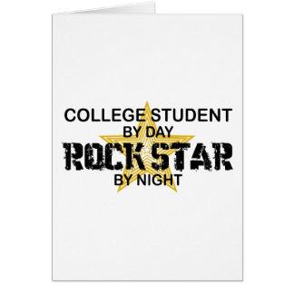 Estrella del rock del estudiante universitario por felicitaciones