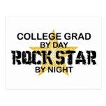 Estrella del rock del graduado de la universidad postal