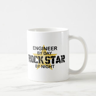 Estrella del rock del ingeniero por noche taza