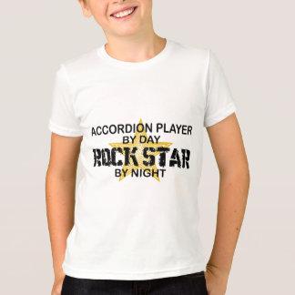 Estrella del rock del jugador del acordeón por poleras