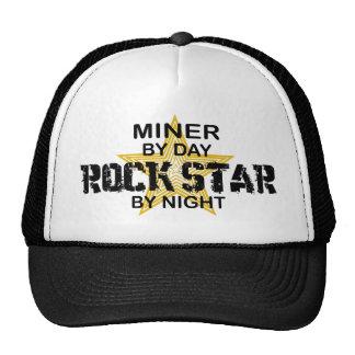 Estrella del rock del minero por noche gorras
