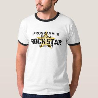 Estrella del rock del programador por noche playeras