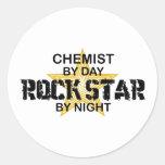 Estrella del rock del químico por noche pegatinas redondas