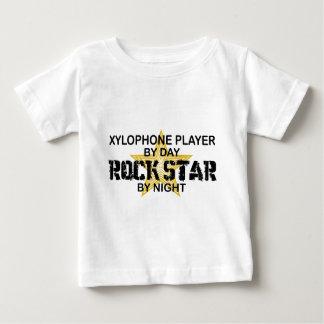 Estrella del rock del xilófono por noche tee shirts