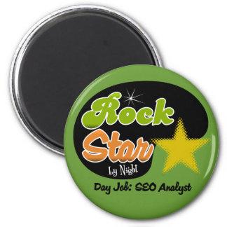Estrella del rock por noche - analista del trabajo imán redondo 5 cm