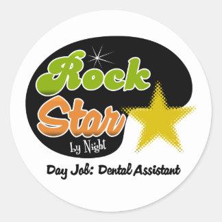 Estrella del rock por noche - ayudante de dentista pegatina redonda