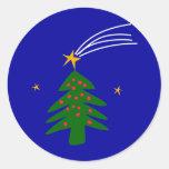 Estrella el caer del árbol de navidad pegatina redonda
