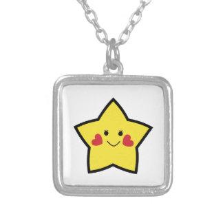 Estrella feliz colgante cuadrado