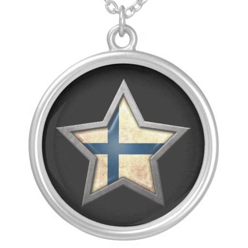 Estrella finlandesa de la bandera en negro colgante