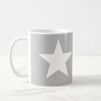 estrella gris taza básica blanca