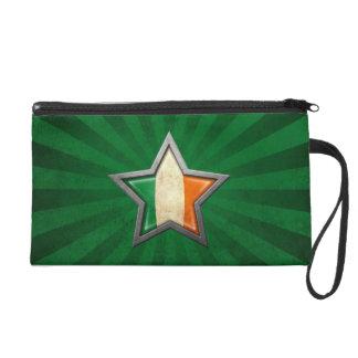 Estrella irlandesa de la bandera con los rayos de