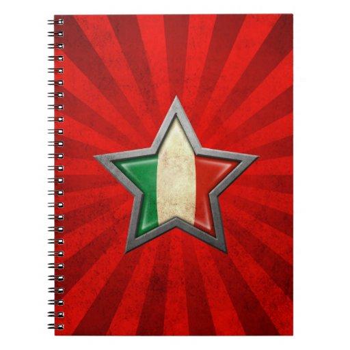 Estrella italiana de la bandera con los rayos de l libretas espirales