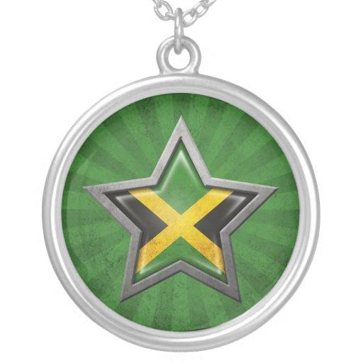 Estrella jamaicana de la bandera con los rayos de  colgante redondo