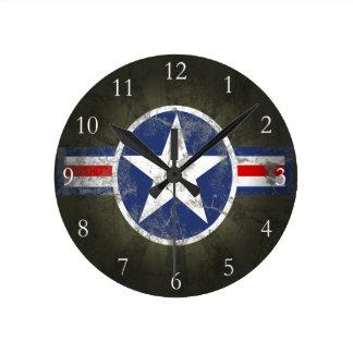 Estrella patriótica militar del vintage reloj redondo mediano