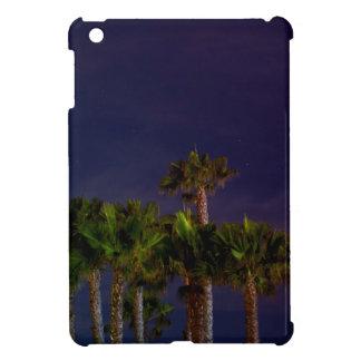 Estrella púrpura azul entonada fresca de la playa