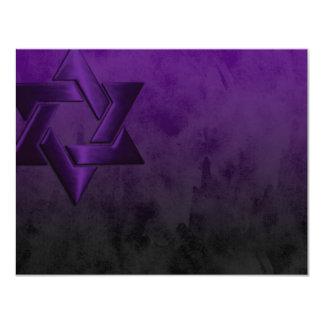 """Estrella púrpura elegante de Mitzvah de la barra Invitación 4.25"""" X 5.5"""""""