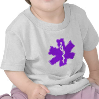 Estrella púrpura gris negra verde de la enfermera camiseta