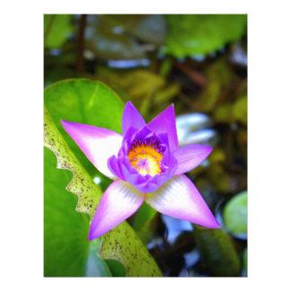 Estrella púrpura membrete personalizado