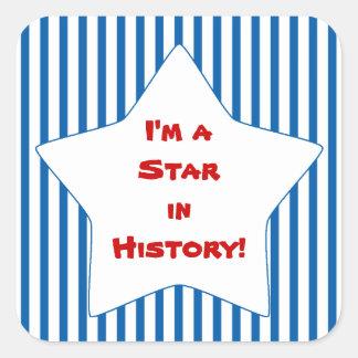 Estrella rayada azul del estudiante de la historia pegatina cuadrada