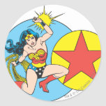 Estrella roja de la Mujer Maravilla Etiquetas Redondas