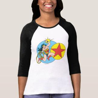 Estrella roja de la Mujer Maravilla Camisetas