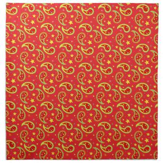 Estrella roja del navidad y servilletas modeladas