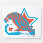 Estrella roja y azul de la Mujer Maravilla Alfombrillas De Ratón