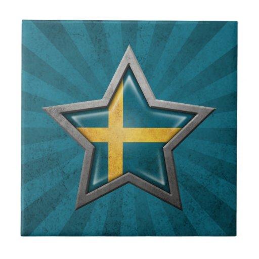 Estrella sueca de la bandera con los rayos de la l azulejo cuadrado pequeño