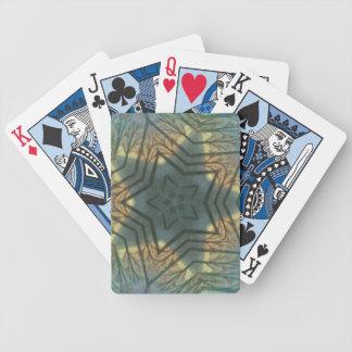 Estrella verde con acentos amarillos y anaranjados baraja de cartas