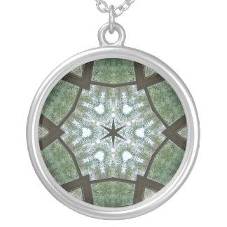 Estrella verde en verde y blanco colgante redondo