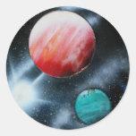 Estrella verde roja de los planetas y del blanco pegatina redonda