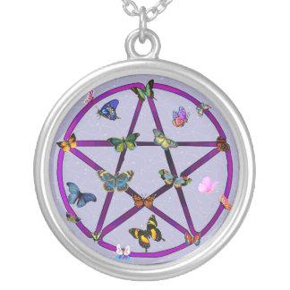 Estrella y mariposas de Wiccan Colgante Redondo
