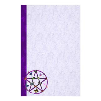 Estrella y mariposas de Wiccan Papeleria