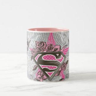 Estrella y rosas de Supergirl Taza De Café De Dos Colores