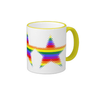 Estrellas adaptables del orgullo del arco iris taza de dos colores