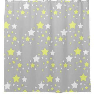 Estrellas amarillas celestiales del blanco en gris cortina de baño