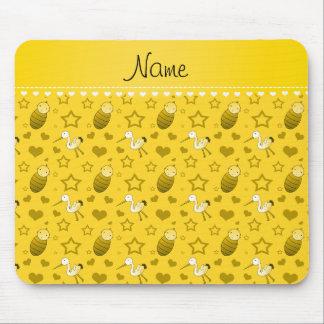 Estrellas amarillas conocidas de los corazones de mousepad