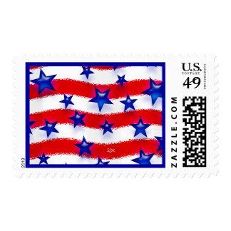 Estrellas azules patrióticas onduladas sobre rayas franqueo