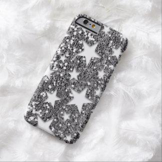 Estrellas blancas en la mirada de plata del brillo funda para iPhone 6 barely there