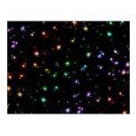 Estrellas brillantes del arco iris que brillan int tarjetas postales
