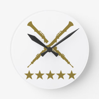 Estrellas cruzadas del oboe relojes de pared