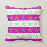 Estrellas de mar del tema de la playa del verano e almohadas
