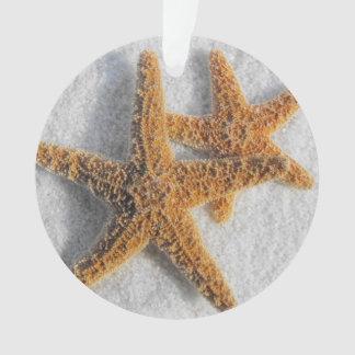 Estrellas de mar en el boda de playa de la arena