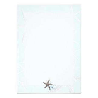 """Estrellas de mar en tarjetas de nota en blanco invitación 4.5"""" x 6.25"""""""