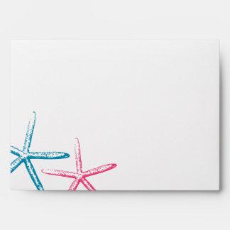 Estrellas de mar flacas del dedo sobres