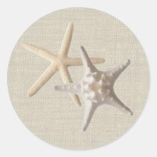 Estrellas de mar y arpillera pegatinas redondas