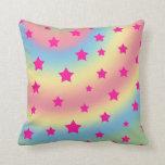 Estrellas del arco iris cojines