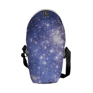 Estrellas del niño en galaxia vecina bolsa de mensajeria
